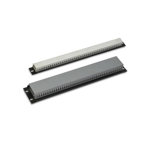 داکت پنل 2 یونیت رک اچ پی آسیا Hpasiaاز دیگر محصولات تولید شده است که به جهت ساماندهی و آرایش کابل های داخل رک طراحی و تولید شده است که در دو ابعاد 1 و 2 یونیت در دسترس می باشد . از این داکت پنل می توانید در راستای عرض رک استفاده و کابل های خود را داخل آن قرار دهید .