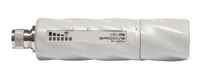 رادیو وایرلس میکروتیک Mikrotik GrooveA 52 ac یکی دیگر از محصولات میکروتیک از خانواده Groove که در واقع آن را می توان کامل ترین مدل آن دانست . این دستگاه از استاندارد وایرلس 802.11AC استفاده می کند و دارای لایسنس سطح 4 میکروتیک است از این رو می توانید از آن به عنوانAP/Backbone/CPE استفاده نمائید . در پک این محصول یک آنتن Dual Band Omni نیز گنجانده شده است که دارای توان6dBi 2.4GHz, 8dBi 5GHz در فرکانسهای تعریف شده می باشد .
